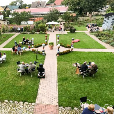 Italienischer Garten der D8 mit Café_Copyright denkMal und Leben e. V.